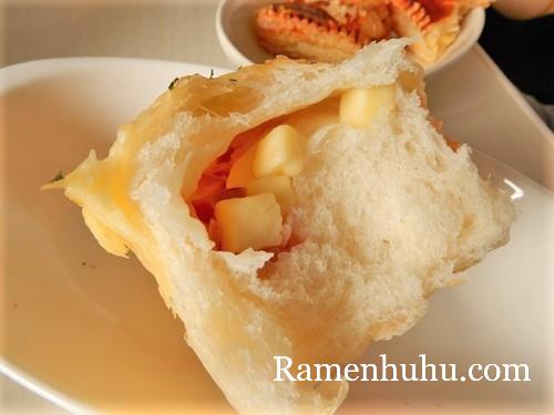 himeji_pan_sourire_Bacon cheese bread