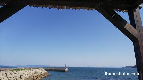 日間賀島の海
