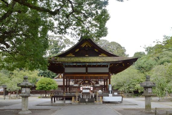 平野神社 拝殿2