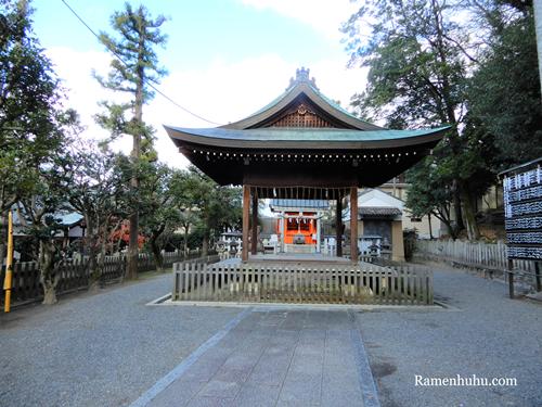 吉田神社(京都)の舞殿