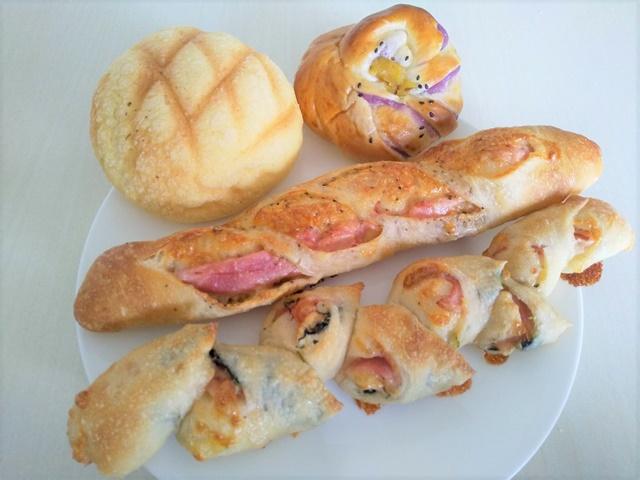 シダ―ローズで購入したパン