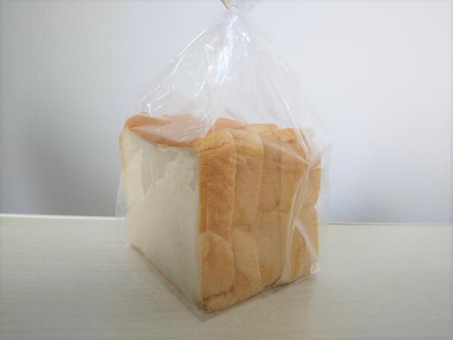 シダ―ローズの食パン