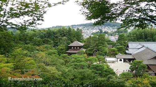 東山慈照寺(銀閣寺)山の上から撮影