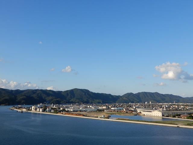 江島大橋の頂上からの眺め