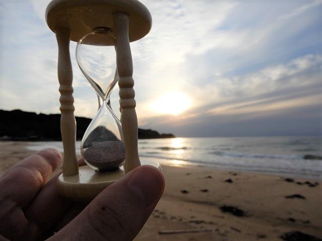 琴ヶ浜と砂時計