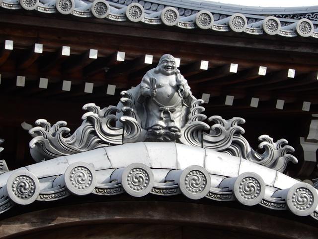 護国寺 本地堂の屋根