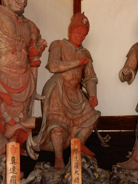 鶴林寺 ウインクする仏像