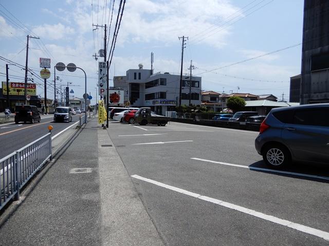 加古川 本家しんべぇ 駐車場