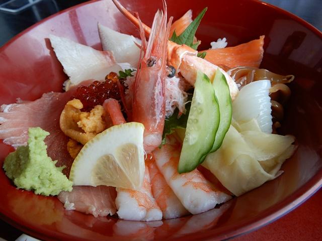 ぎんりん亭 特選海鮮丼